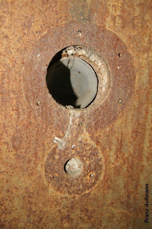 Fot. 10. Doprowadzenie rury wentylacyjnej.